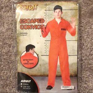 Escaped convict prisoner costume